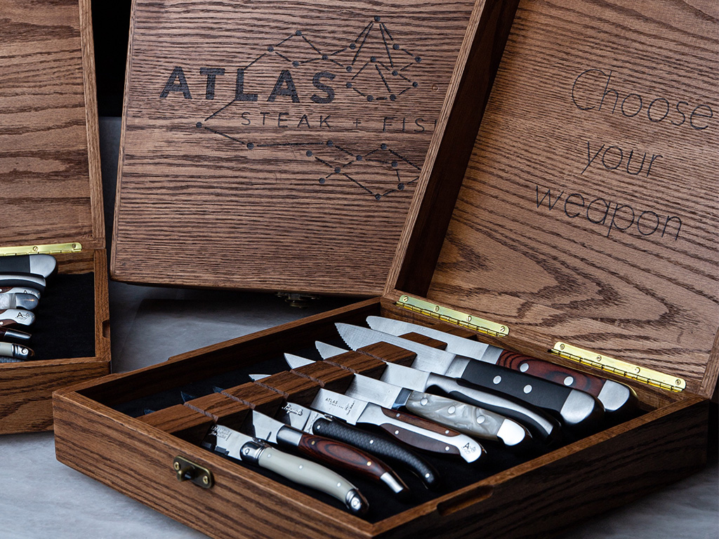 atlas-knife-selection